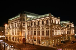 Wiener Staatsoper at night